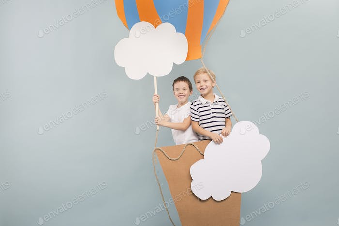 Friends flying in balloon