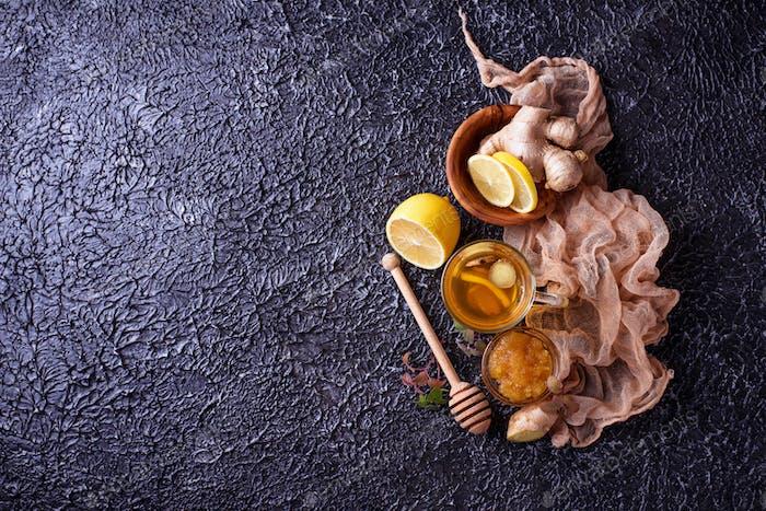 Hot tea with ginger, lemon, mint and honey