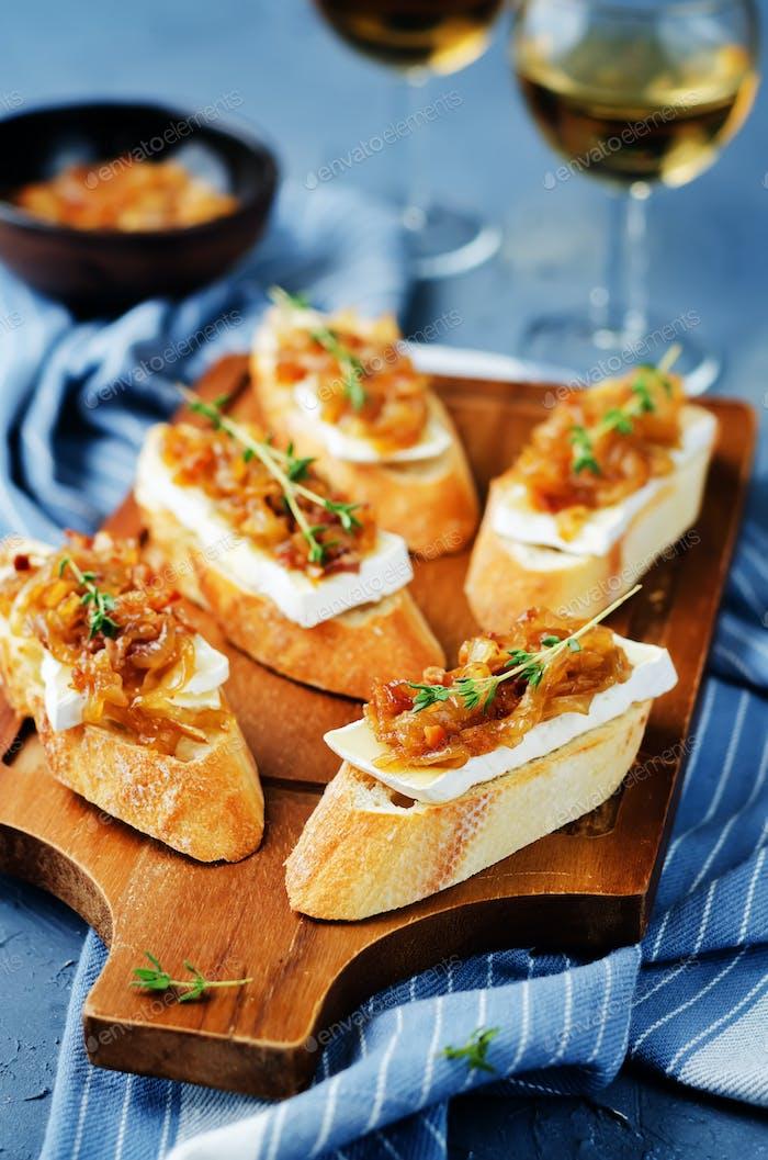 Bacon onion marmalade Brie crostini
