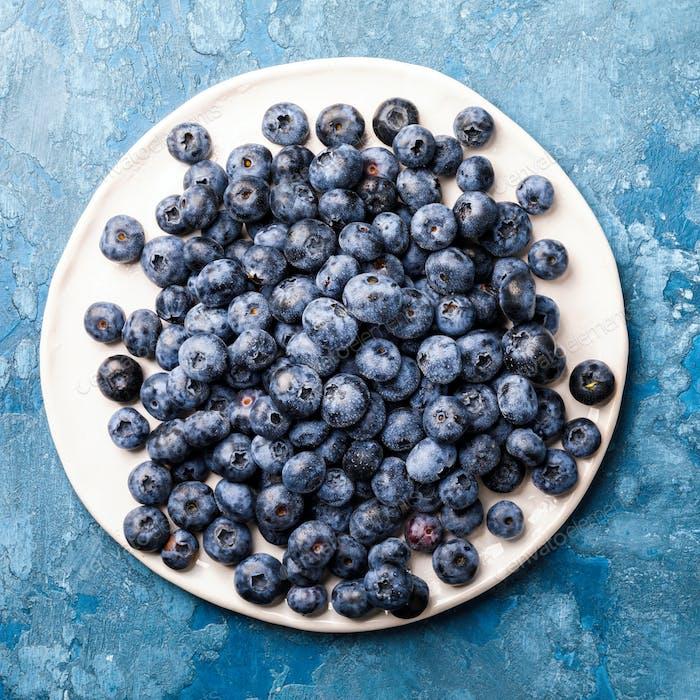 Frische Frische Heidelbeeren. Konzept Gesundes Essen. Ernährung Ernährung