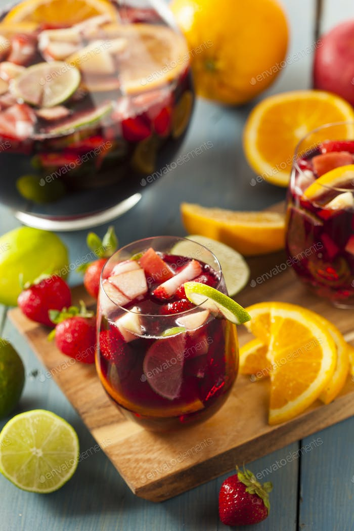 Homemade Delicious Red Sangria