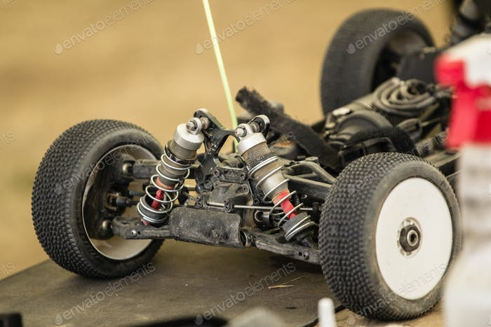 Maintenance of radio-controlled model of the car in a break betw