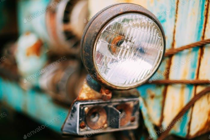 Nahaufnahme von alten Vintage Retro Autos Scheinwerfer