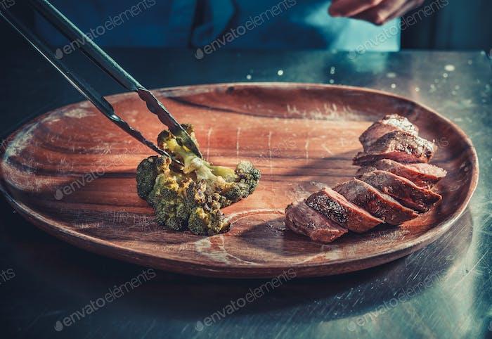 Köstliche Vorspeise mit Kräutern