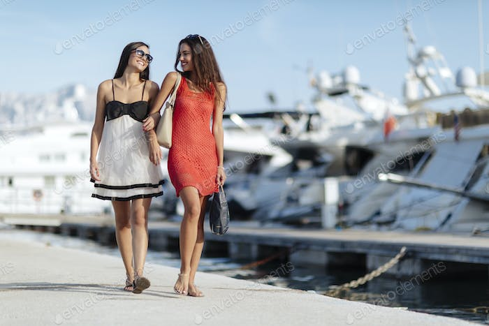 Luxurious life for two women