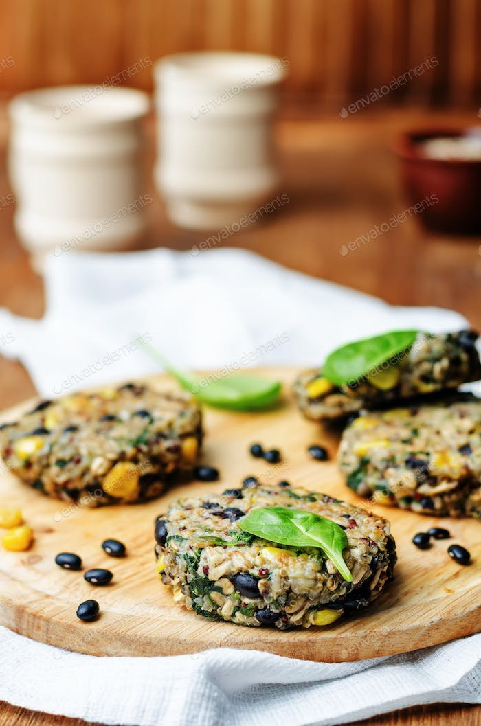 quinoa black bean spinach corn burgers