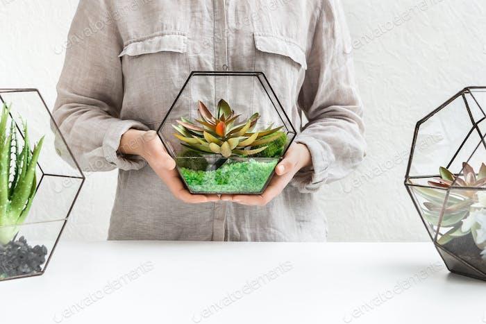 Professional florist 's service, commercial concept, copy space