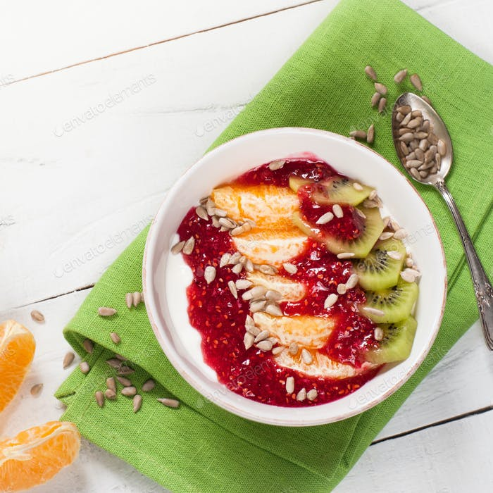 Dessert with sour cream and fruits