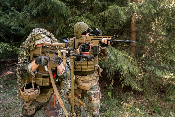 Army soldiers neutralizing enemy force