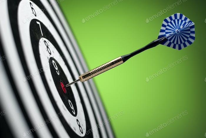 darts arrows