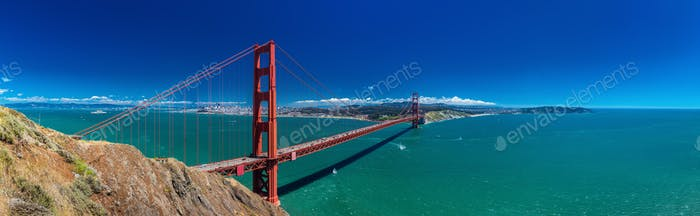Panoramic large resolution shot of Golden Gate Bridge in San Fra