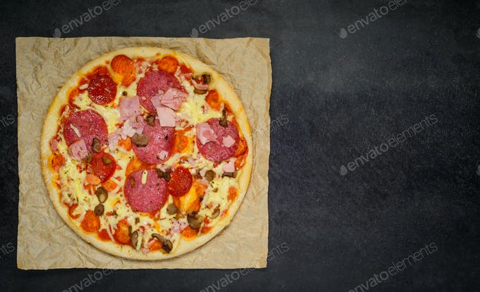 Pizza mit Kopierbereich