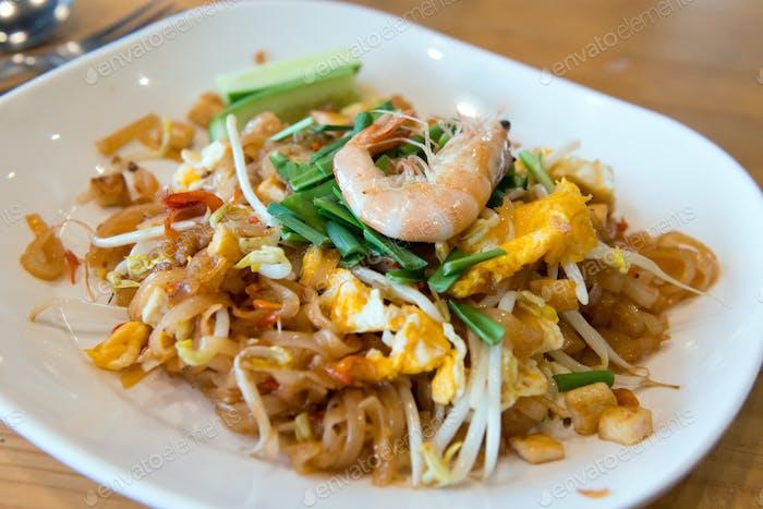 Pad thai shrimp noodle