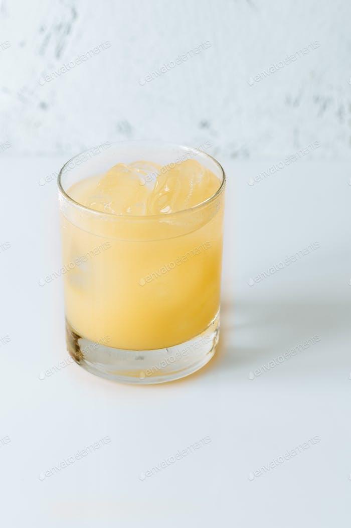 Glas Penicillin Cocktail