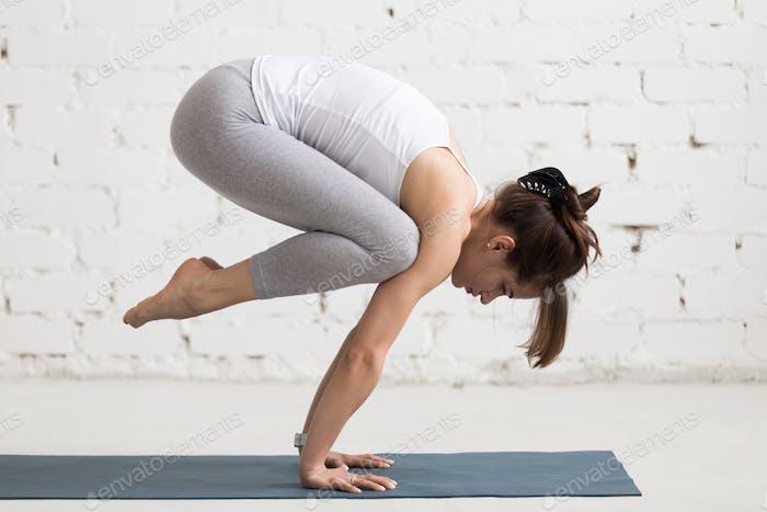 Yoga Indoors: Bakasana