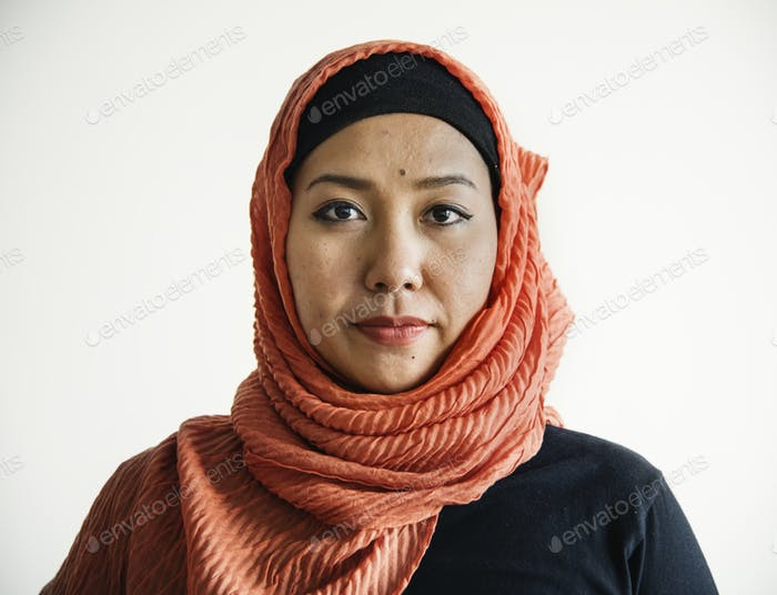 Islamic woman portrait looking at camera