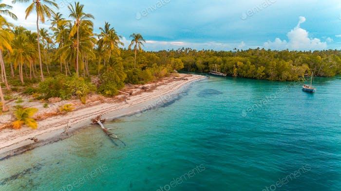 Kanga Strand in Mafia Insel