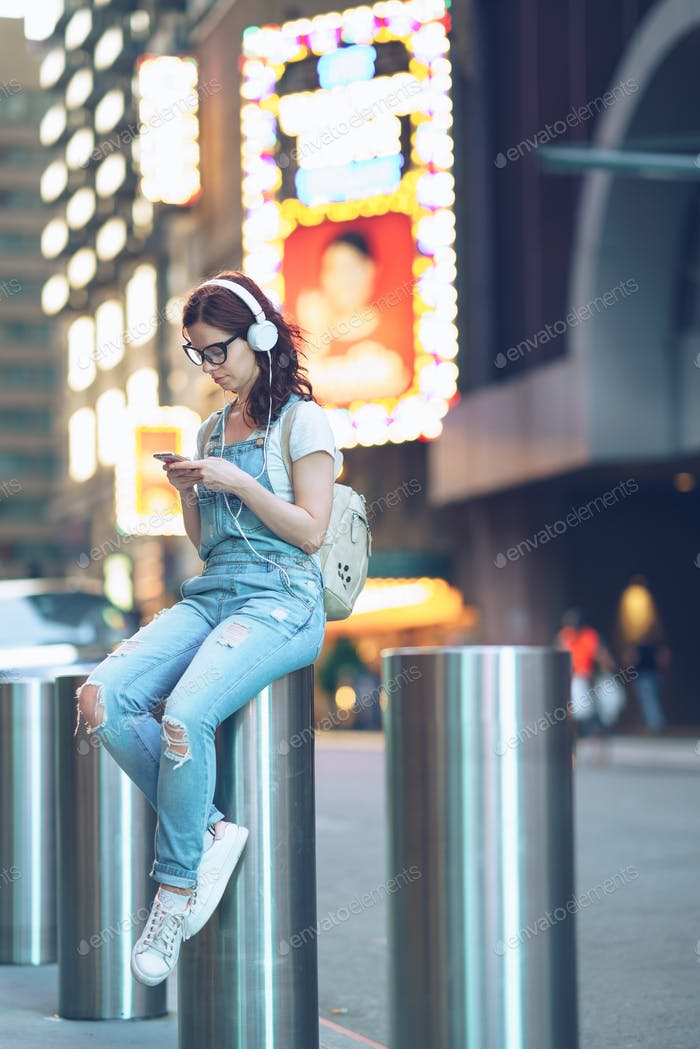 Young woman in Manhattan