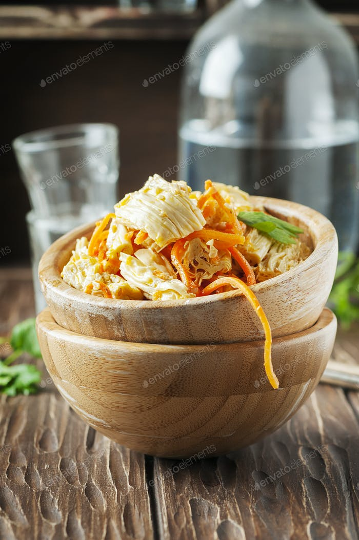 Salad with tofu skin and carrot
