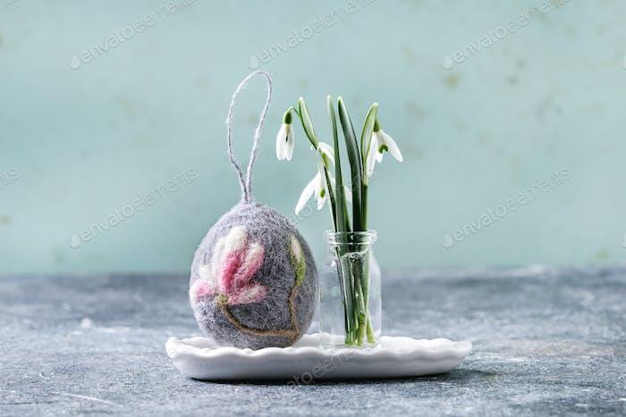 Felting Easter egg