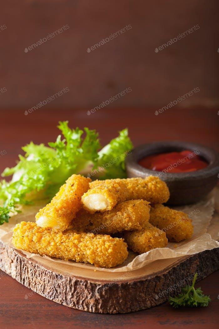 mozzarella cheese sticks with ketchup