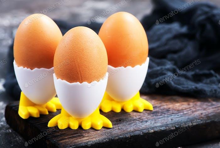 boiled chicken eggs