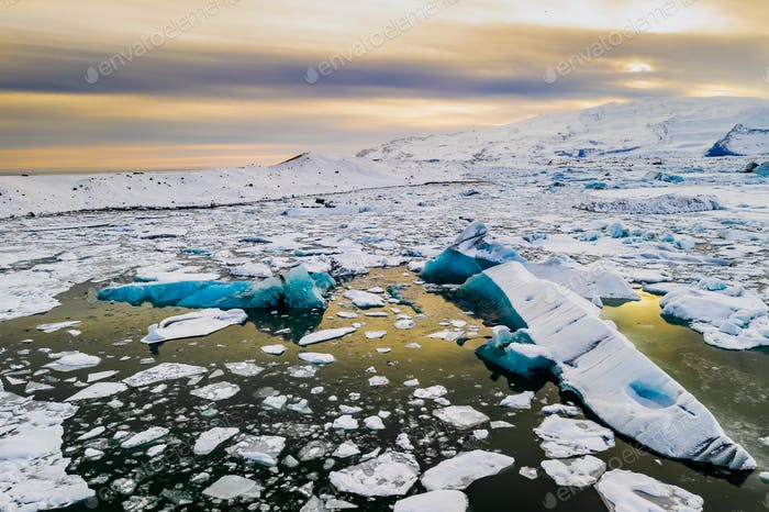 Thumbnail for Icebergs in Jokulsarlon glacial lagoon. Vatnajokull National Park, Iceland