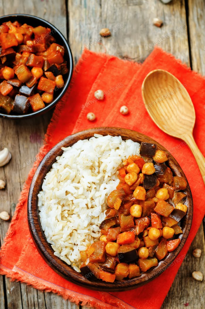 Eggplant and tomato chickpea curry with rice