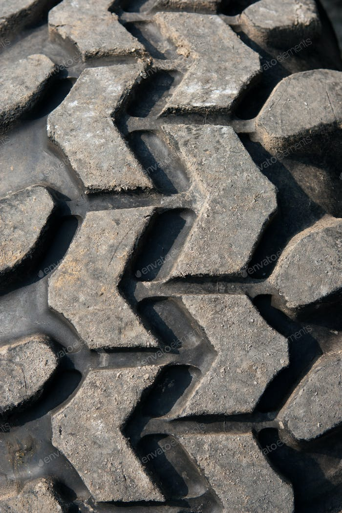 Used and high performance SUV sand tire