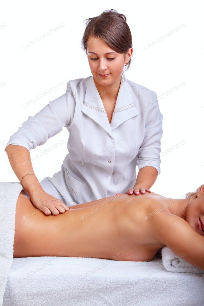 Weibliche genossen entspannende Rückenmassage.