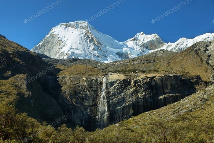Views of peaks and waterfall in the to Paron lake