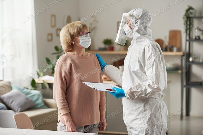Vaccination of senior woman