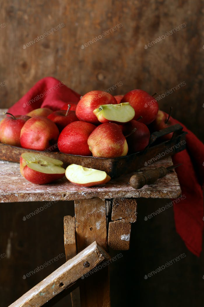 Ripe Red Organic Apples