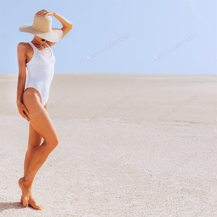 Travel Girl. Desert. Canary island