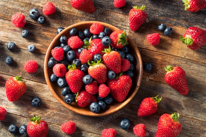 Raw Organic Assorted Fresh Berries