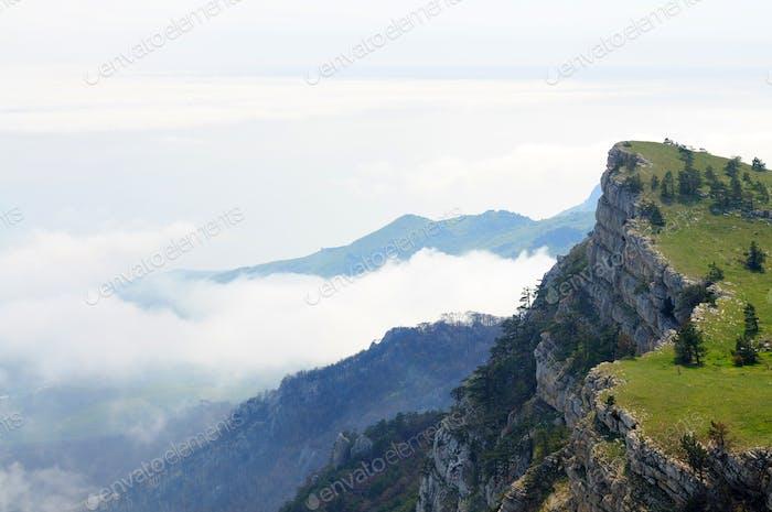 Foto von der Spitze des Berges, schöner Horizont