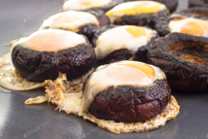 mushrooms with quail eggs