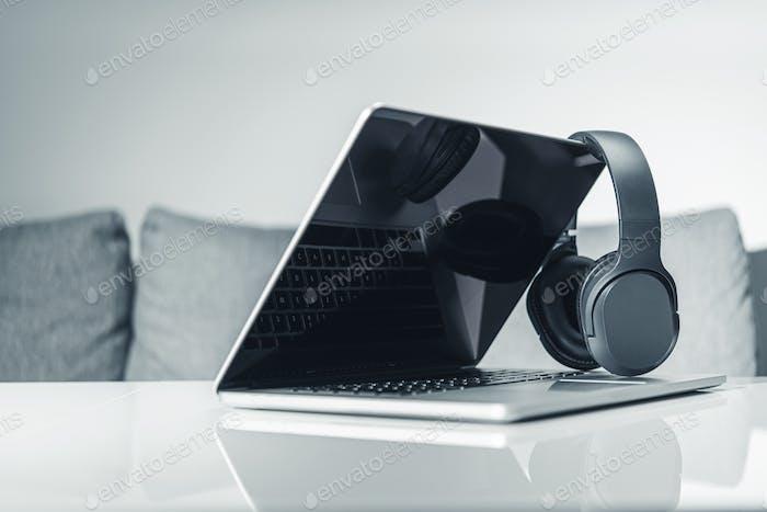 Computer Online Musik hören