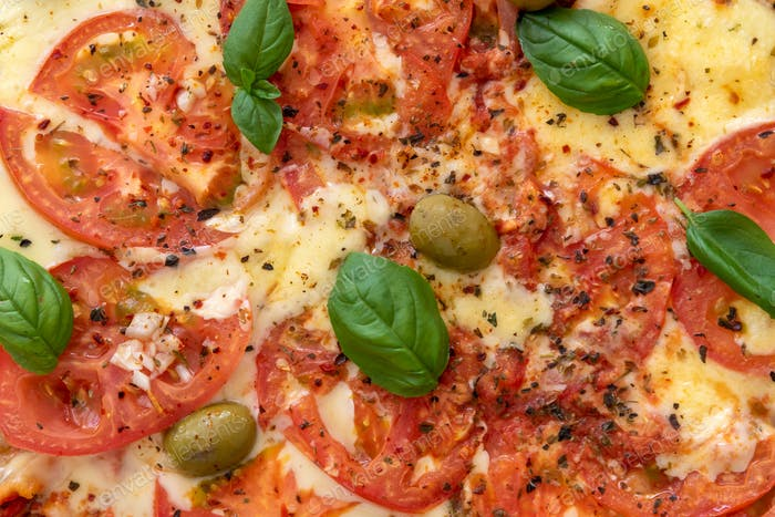 Holzofen Pizza von oben betrachtet