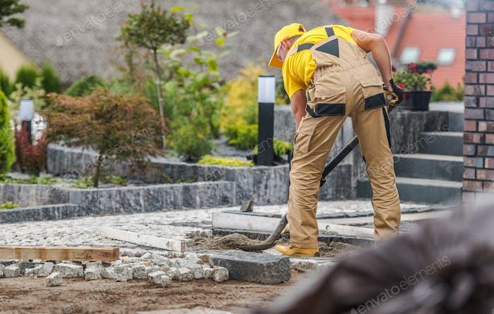 Granit Backsteinpflaster Job