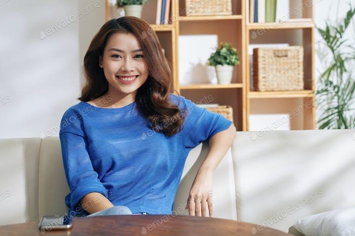 Mujer asiática bonita