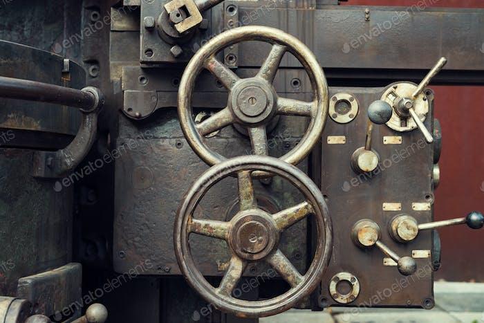 Mechanical local