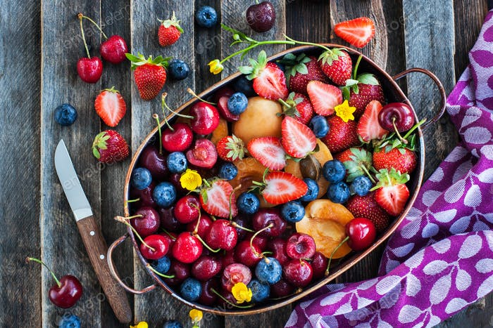 Fresh berries and fruits