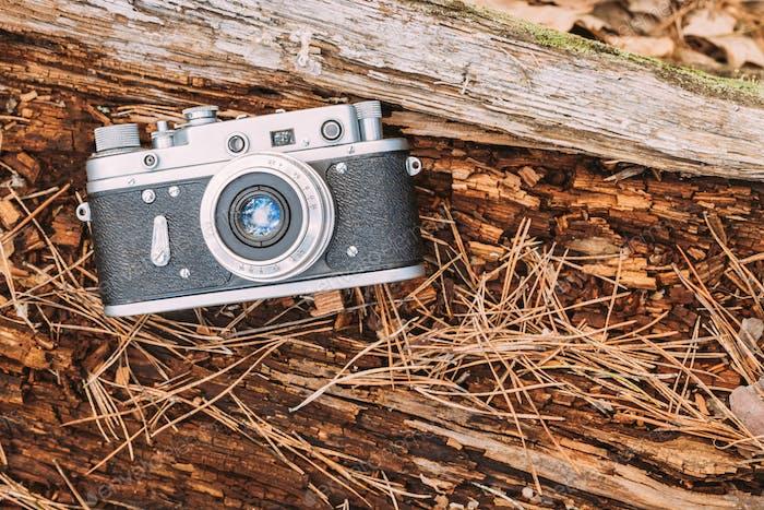 Old Vintage Rangefinder Camera, 1950-1960s.