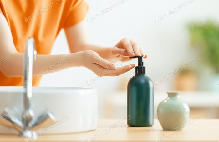 Person is washing hands