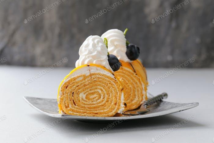 Portioniertes Dessert Stück Kuchen