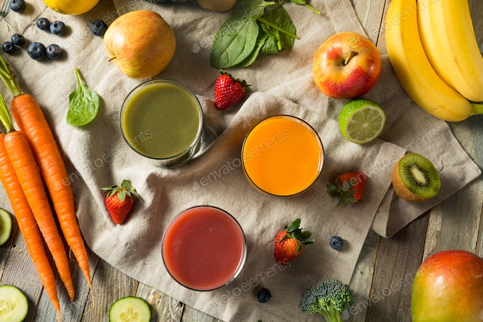 Raw Organic Healthy Detox Juices