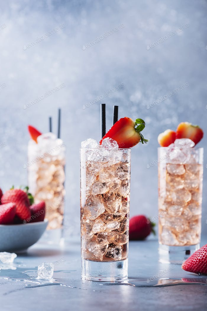 summer cocktail with strawberry and ice