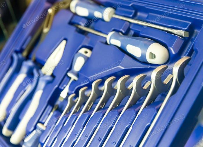 Профессиональный инструментарий для мастерских и авторемонтных мастерских