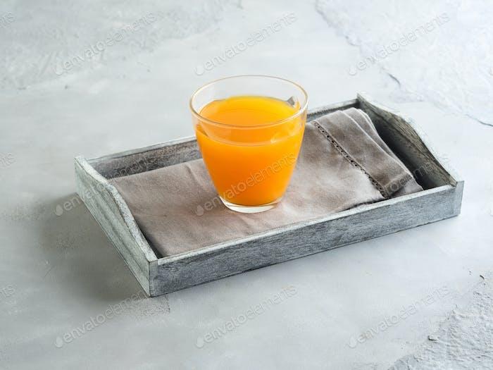 Orangensaft in einem Glas